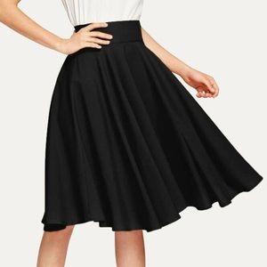 Twirl circle  skirt black high waisted